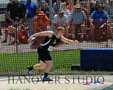 18 D1 TRACK AND FIELD STATES 0158