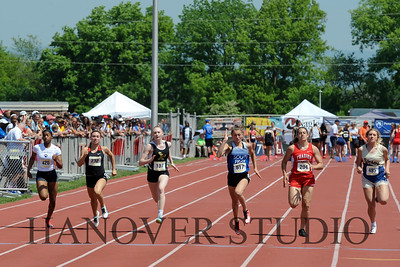 18 D1 TRACK AND FIELD STATES 0090
