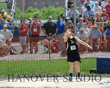 18 D1 TRACK AND FIELD STATES 0184