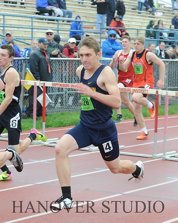 18 DISTRICT TRACK AND FIELD 0470