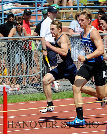 18 D1 TRACK AND FIELD STATES 0069
