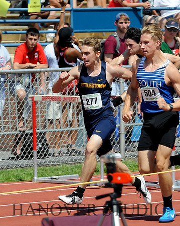 18 D1 TRACK AND FIELD STATES 0067