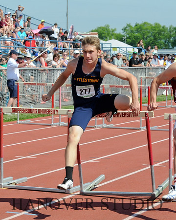 18 D2 TRACK AND FIELD STATES 0155