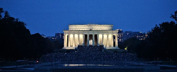 The Lincoln Memorial at twilight.   8 PM.