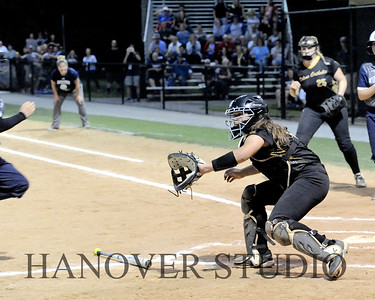 19 D SOFTBALL DIST  FINAL 0155