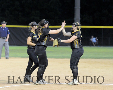 19 D SOFTBALL DIST  FINAL 0096