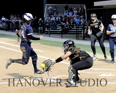 19 D SOFTBALL DIST  FINAL 0156