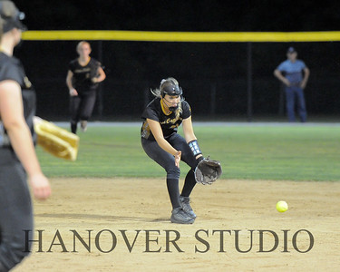 19 D SOFTBALL DIST  FINAL 0265