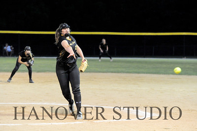 19 D SOFTBALL DIST  FINAL 0135