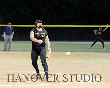 19 D SOFTBALL DIST  FINAL 0085
