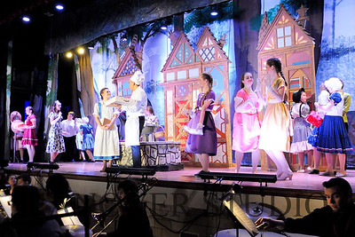 19 D BEAUTY AND THE BEAST 0043