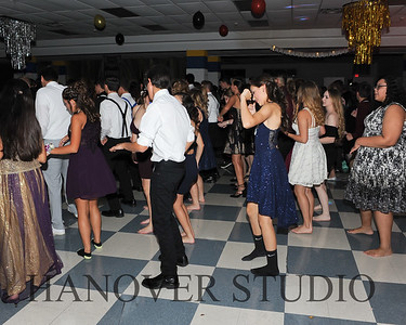 19 L HMCMNG DANCE 0119