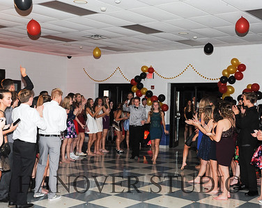 19 L HMCMNG DANCE 0194