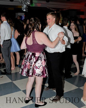 19 L HMCMNG DANCE 0045