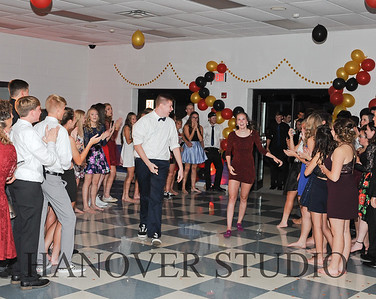 19 L HMCMNG DANCE 0201