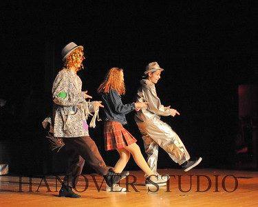 19 L SPRING MUSICAL  THE WIZ  0257