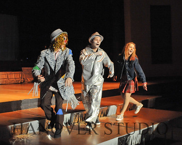 19 L SPRING MUSICAL  THE WIZ  0244