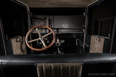 007 - DB Interior