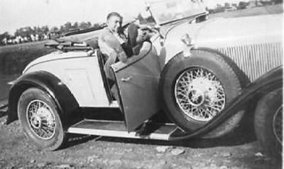 Man in roadster (29-44)