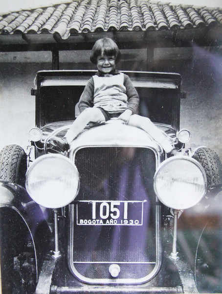 Jorge Cortes-Boshell - aged approx. 3, in 1930 on a 1929 Buick Sedan.  He currently owns a model 29-55.