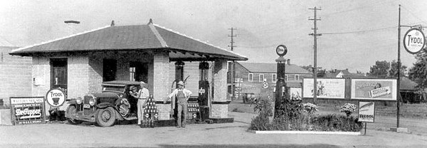 29-54CC (?) at Tydol filling station