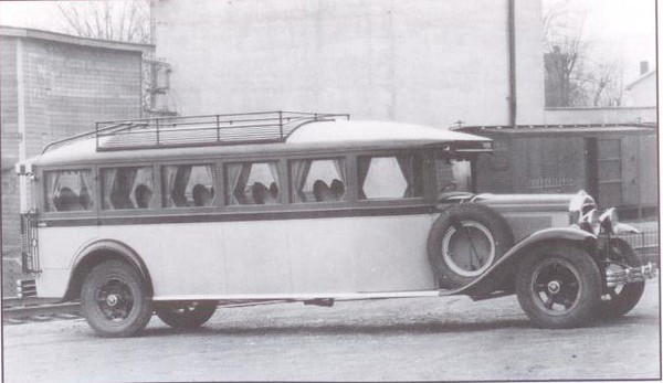 1929 Flxible-Buick 17 passenger Bus (from: Flxible - Professional Vehicles: The Complete History)