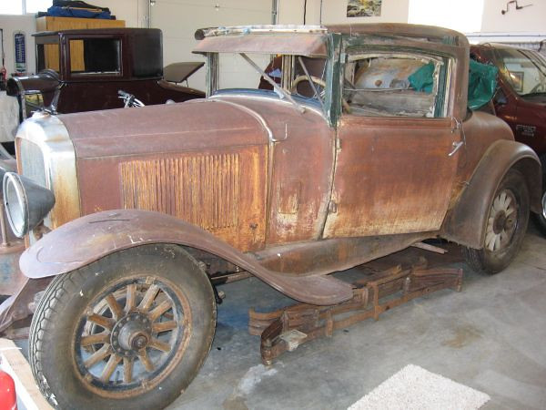 "29-26S described as a ""Barn find, great base for a complete restoration project"""
