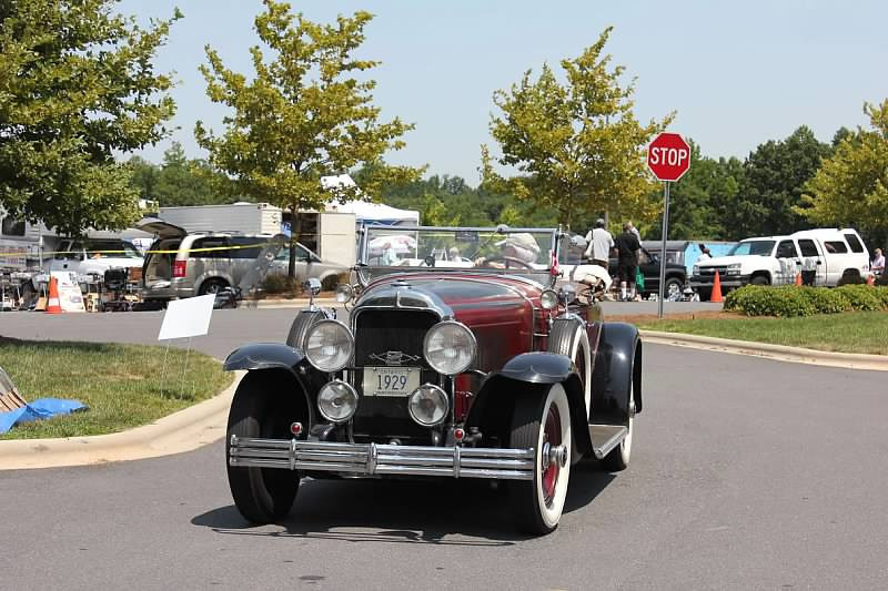 29-44 McLaughlin Buick at the BCA Charlotte Meet (2012) - Owned by Bill McLaughlin (pre-carb. fire)