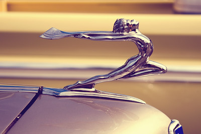 1934 Buick 60 Series Hood Ornament