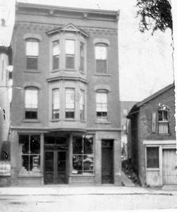 10 Mangam St, Cohoes, NY