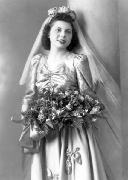 Aunt Jenny - Maid of Honor - January 23, 1944