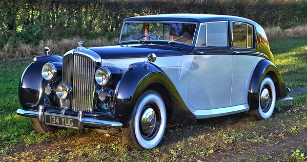 1948 Bentley MK VI Freestone and Webb Razor Edge 134 YUG