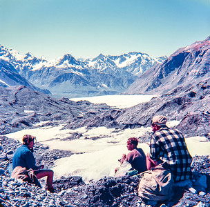1951 Taking a rest up the Murchison Glacier with Anne Rawnsley, John Beaumont, Jer Mathews and Joe Richardson