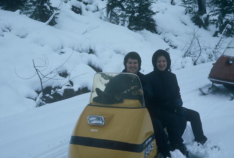 Sylvia & I near Suntop LO