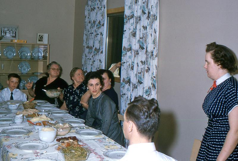 1960 - 01 Larry, Busa, ??????, Aunt Clara