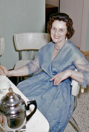1961 - 14 Mom