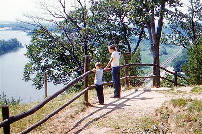 1961  - 09 Larry, John
