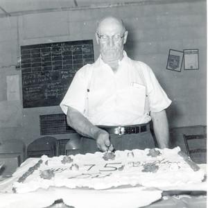 1960, Pop 75th