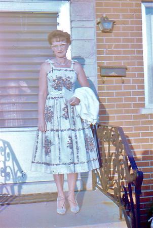 1961  - 12 Mom