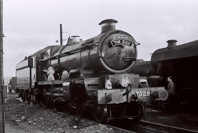 7029 Clun Castle, Chester, 4 March 1967 1.     The Castle had worked 'The Zulu' (1X83) from Banbury to Chester and took it back as far as Birmingham Snow Hill.  An unknown Hymek diesel worked the train from Paddington to Banbury and back from Snow Hill, and 73026 took it from Chester to Birkenhead Woodside and back.