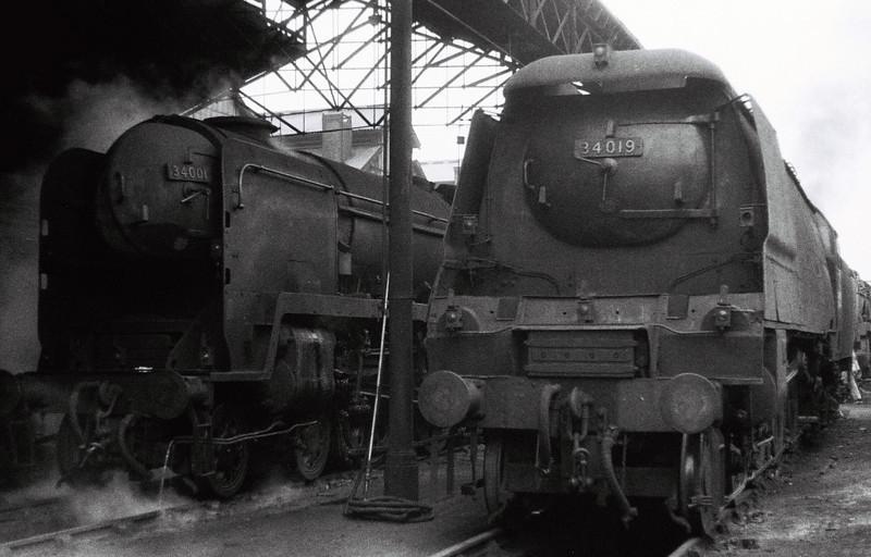 34001 Exeter & 34019 Bideford, Nine Elms (70A), 25 August 1966