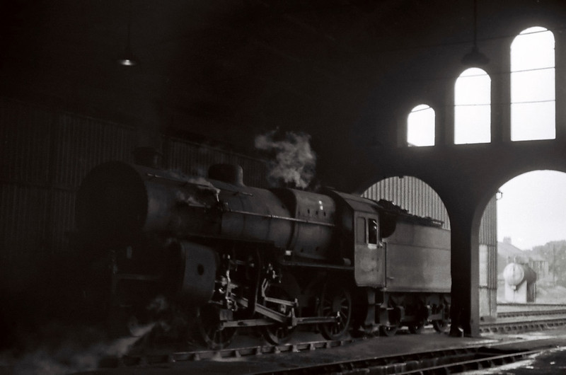 42800, Ayr shed, 25 August 1965