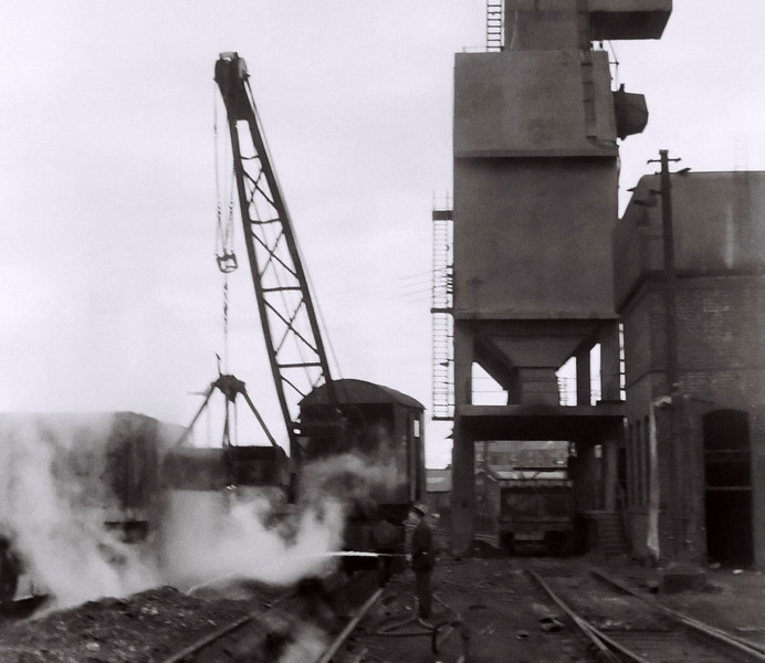 Dundee shed, 22 August 1965    The inglorious years of steam..