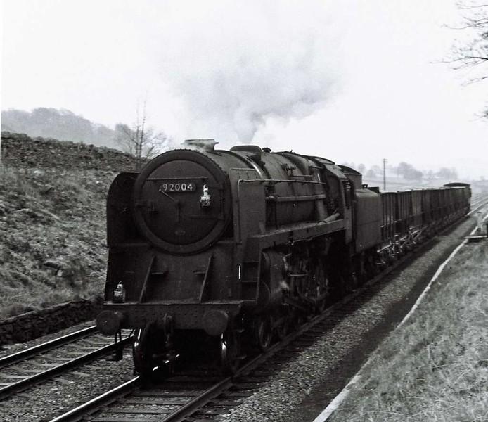 92004, near Settle Junction, 1 Apri 1967.