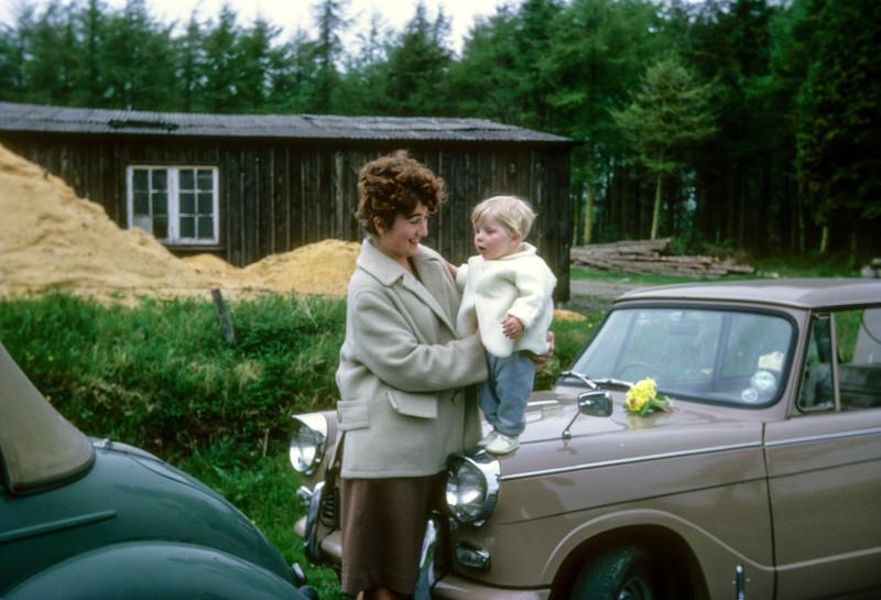 1963Film02Slide-19630401-005