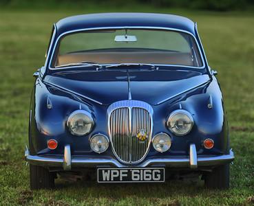 1968 Daimler V8 250 WPF 616G
