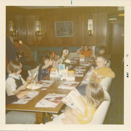 1970 04 Robin's 8th Birthday