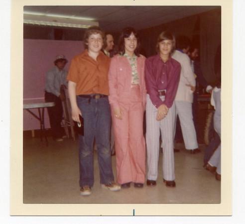 1975 04 Robin's Bat Mitzvah Kids Party
