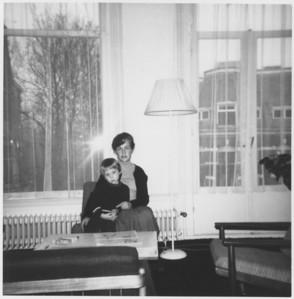 1974ish-Mama-Alb006