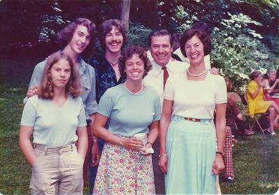Jeanne Knapp Abbott & Howie, Laurie, Forrest, Christian (Chris), Julia